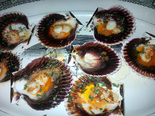 An appropriate dish to enjoy on the pilgrimage route — scallops