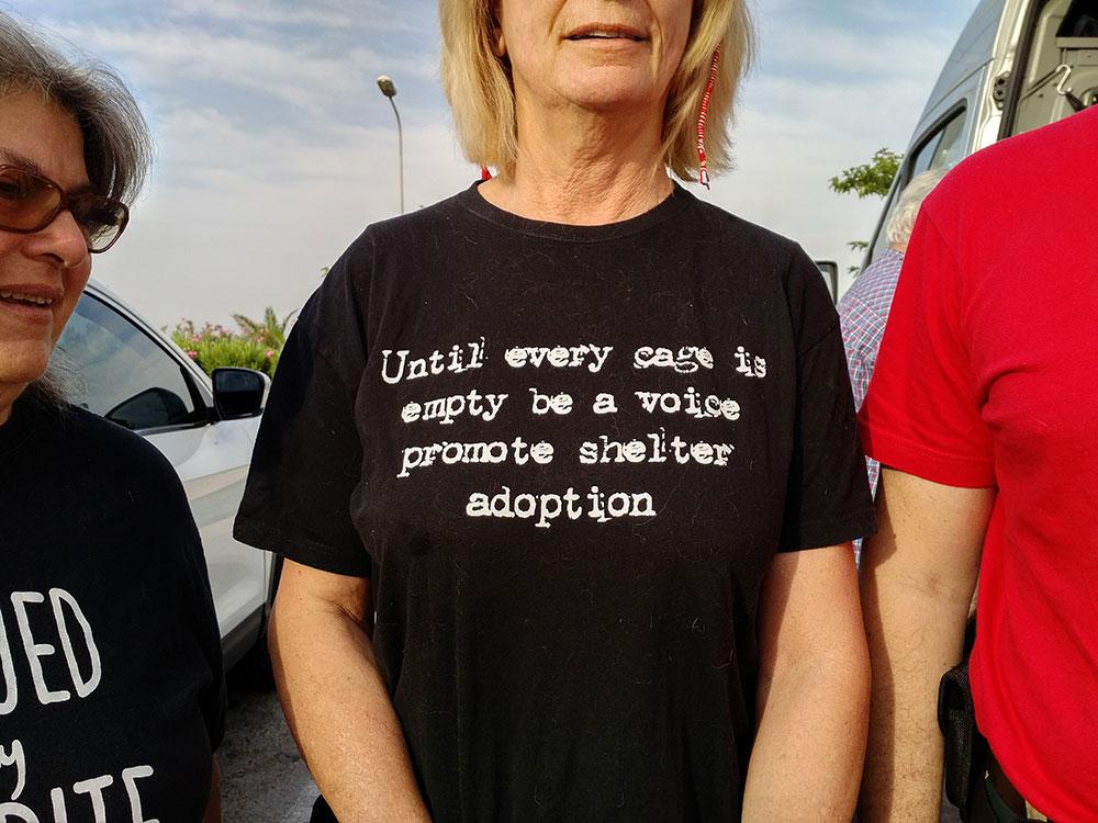 A closer look at Martha's T shirt
