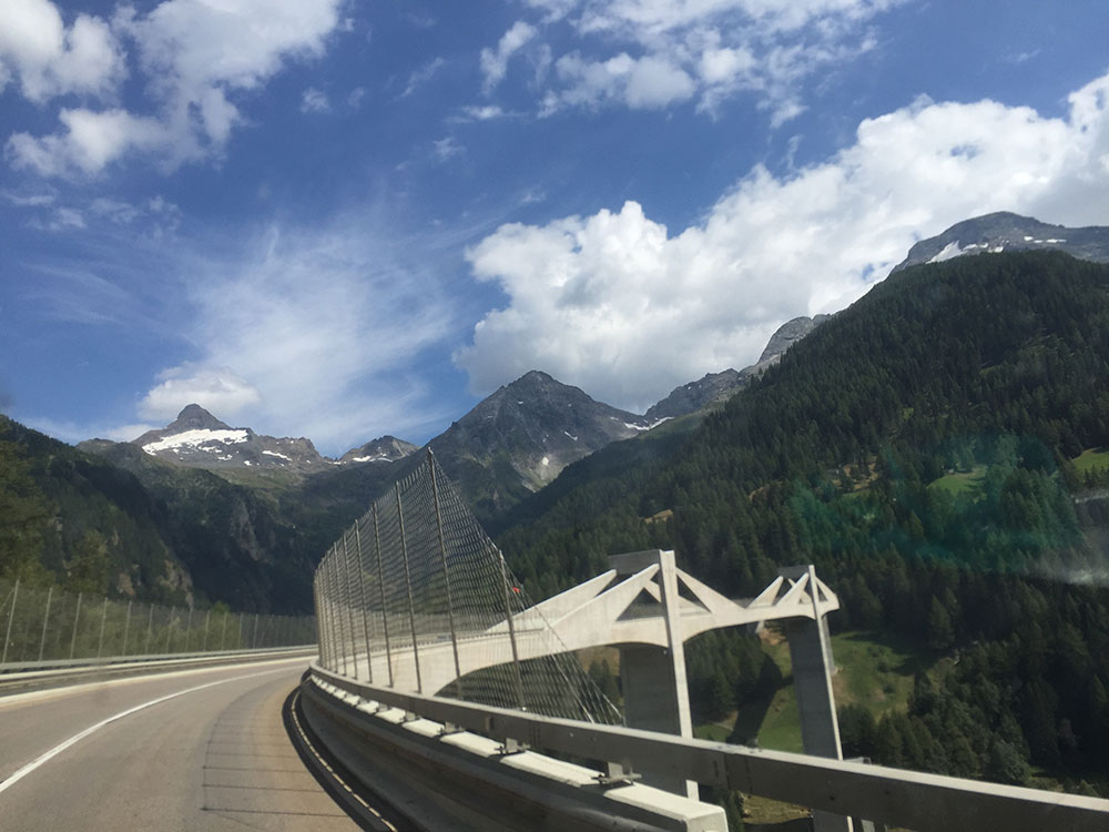On leaving Smidgen we set off through the snow-capped Alps, en route for Italy
