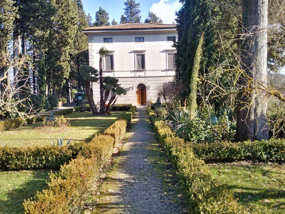 The villa in Siena where Kozi has the run of the grounds