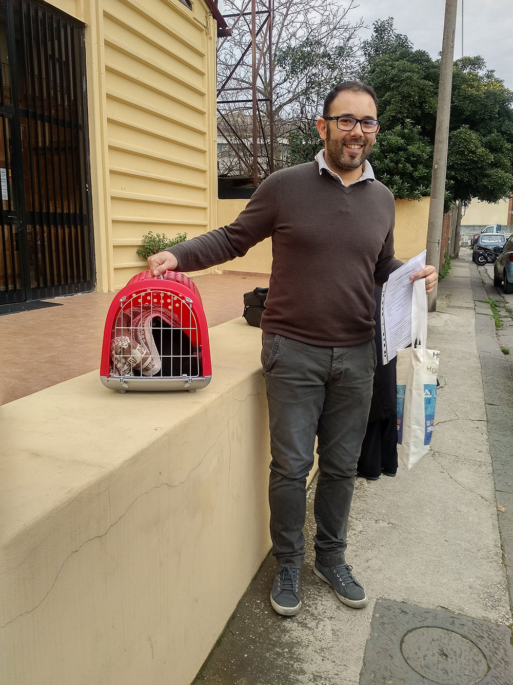 We met up with Claudio in Pisa to collect Moggie