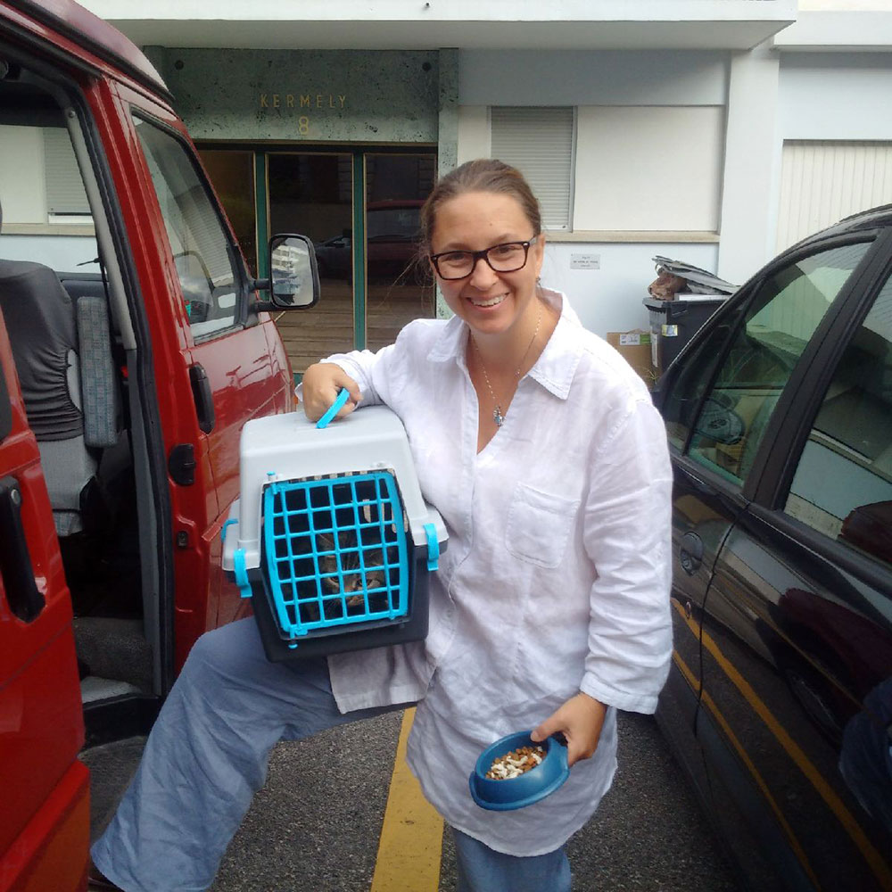 Lynn delivering Stella for the trip