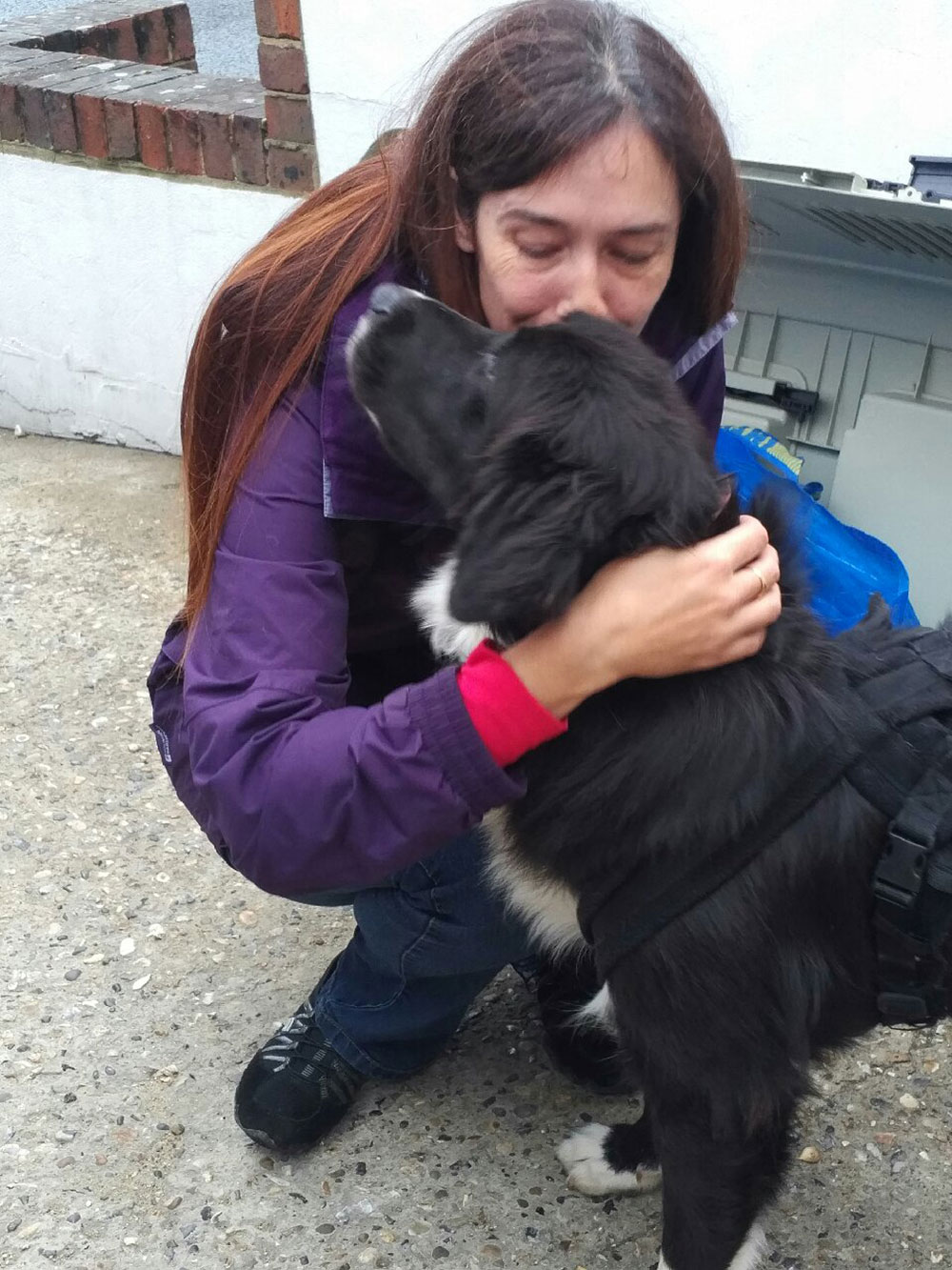 Adorable Anetsis getting hugs and kisses from Rachel before going home to Hampshire