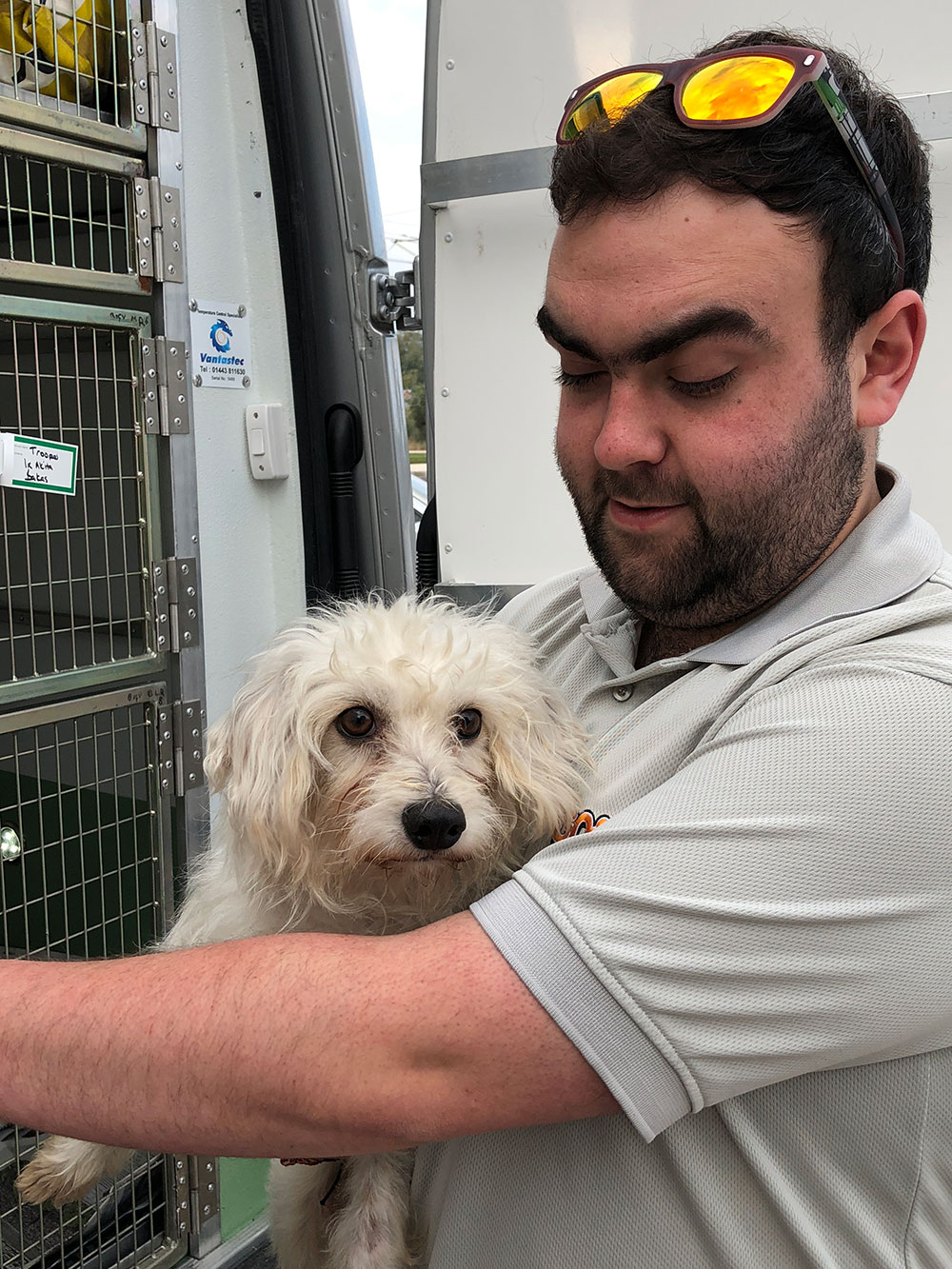 Also heading to Swansea is Leo, on his way to rejoin owner Rhian. Here he is having a hug with courier Huw.