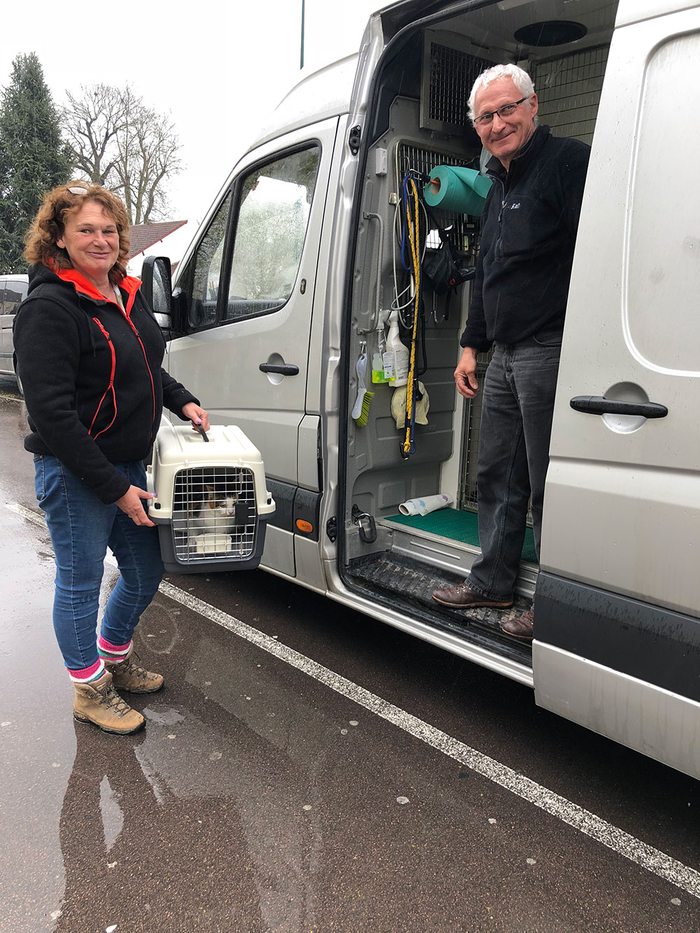 To avoid a detour for courier Marc, courier Sarah, who's based in France, collected Aggy from Rançon and brought her to us in Auxerre