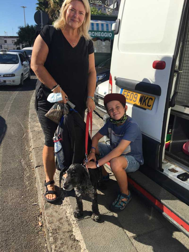 Courier Mike's arrival in Naples was also well timed for Becky and her son, who'd been worrying about how to get their beloved Spaniel to the UK from Sicily. They took the overnight boat from Sicily and met Mike at the port to do a handover. Becky told us she was very relieved!