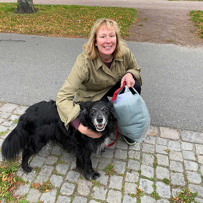 Laura saying goodbye to Baxter in Malmö, knowing it will be a little while before they're reunited in New Zealand