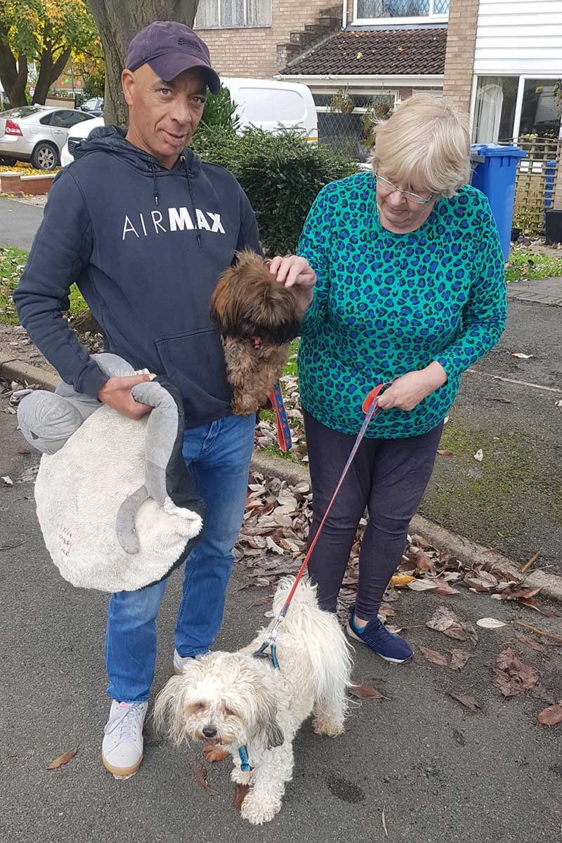 pet transport news : We collected Barney and Daisy from Chris's mum, Carol