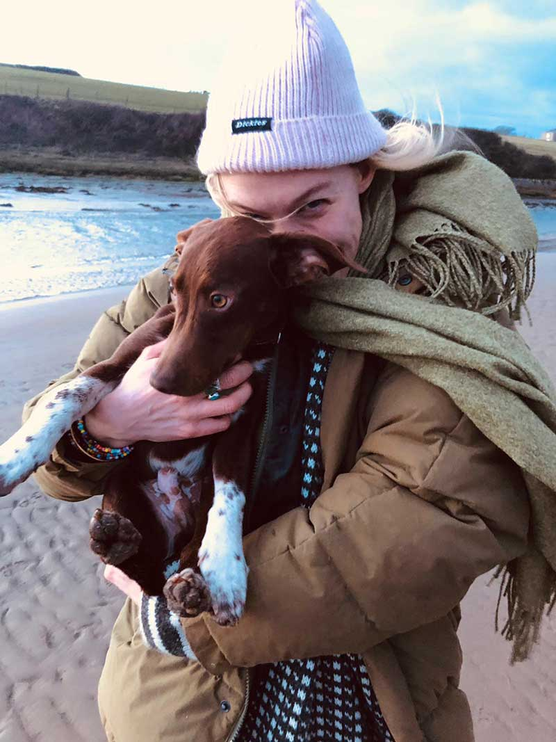 14 gorgeous dogs : Happy Chicco with Francesca in Wales