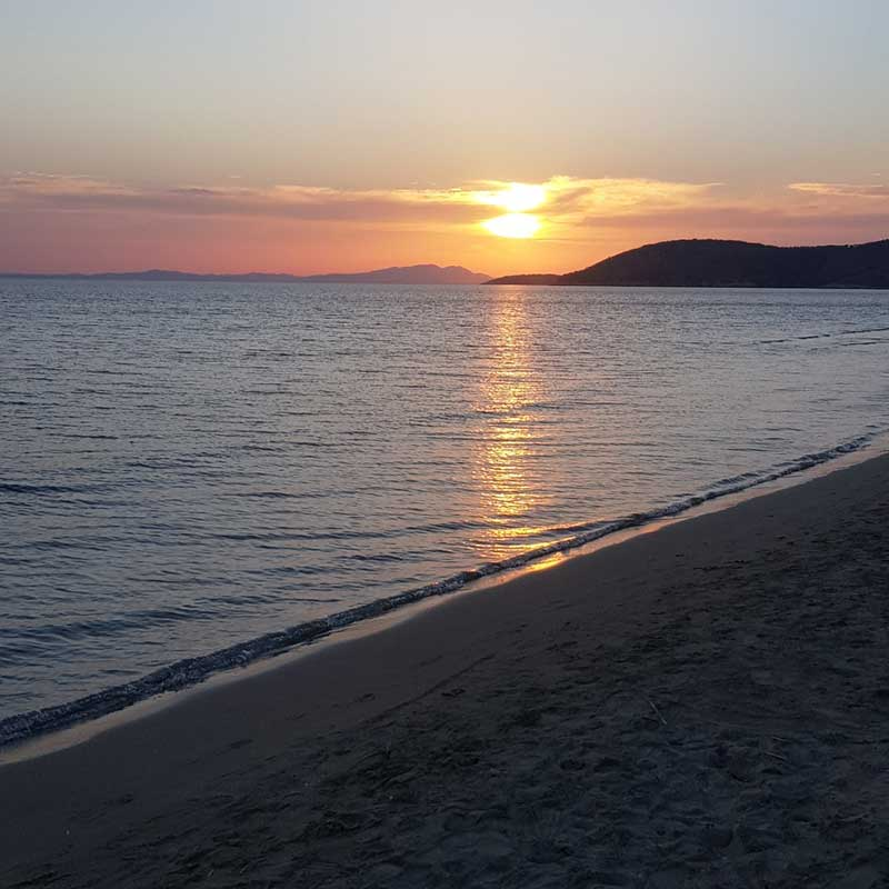 pets travelling from Greece and Italy : Stunning sunset at Igoumenitsa