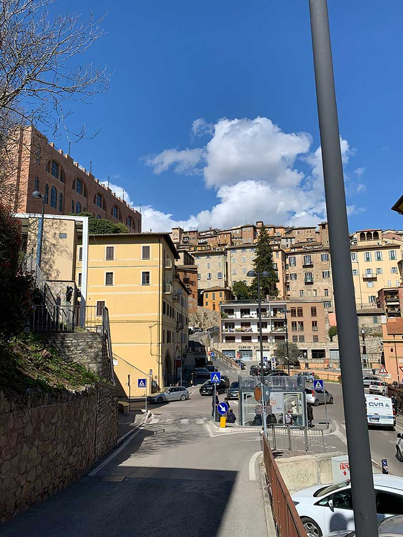 trip to Italy : Sunny skies on arrival in Perugia