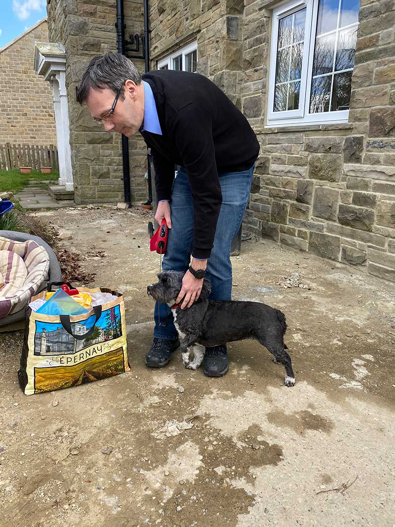 When she lived in Malta, Sally adopted darling Buffy, who accompanied her when she relocated to Vaud in Switzerland. Now Sally is returning to the UK. Buffy travelled on ahead to Yorkshire, where she was warmly greeted by Sally's son-in-law.